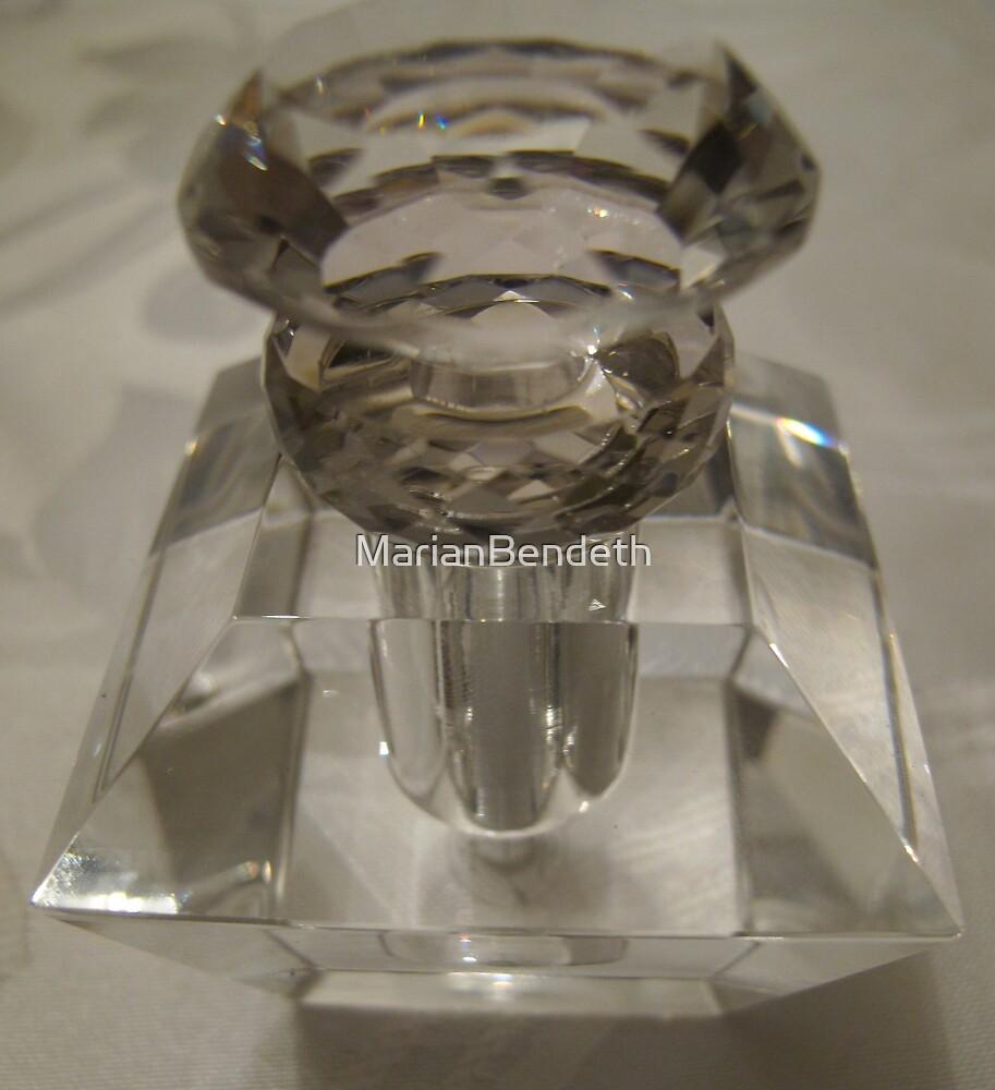 Perfume flacon by MarianBendeth