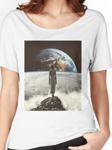 Crashing Waves Women's Relaxed Fit T-Shirt