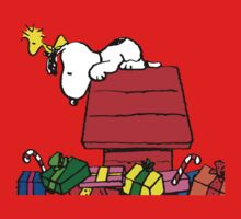 Snoopy and Gift Kids Tee