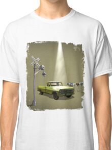 Watch the skies Classic T-Shirt