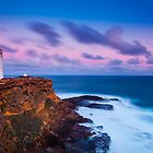 Cape Nelson Lighthouse - Dusk by hangingpixels