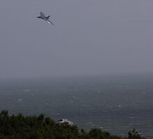 Avro Vulcan XH558 - the last flying Vulcan - over East Hill Hastings by motapics