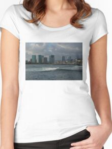 Sailing Into Honolulu, Hawaii Women's Fitted Scoop T-Shirt