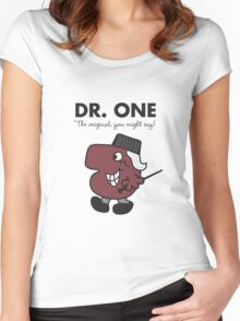 Dr One Women's Fitted Scoop T-Shirt