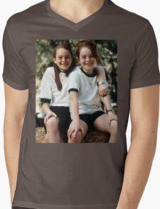 The Parent Trap Annie x Hallie Mens V-Neck T-Shirt