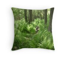 Mia on the hunt Throw Pillow