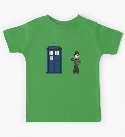 Dr Who (11) car sticker family (also on shirts) Kids Tee