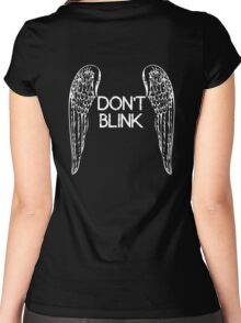 [Doctor Who] Don't Blink - Wings Women's Fitted Scoop T-Shirt