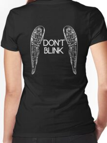 [Doctor Who] Don't Blink - Wings Women's Fitted V-Neck T-Shirt