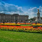 Buckingham Palace by Dean Messenger