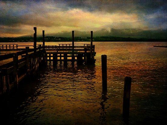 Hudson River Foggy Morning by PineSinger