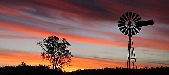Windmill sunset by mashdown