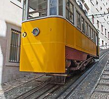 Funicular in Lisboa by naranzaria