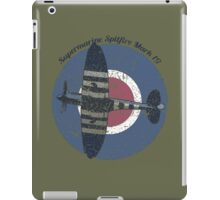 Vintage Fighter Plane Supermarine Spitfire Mark 19 iPad Case/Skin