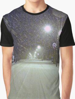 Snowy Walk Graphic T-Shirt