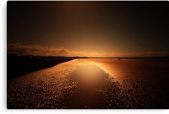 WALKING ON SUNSHINE by leonie7