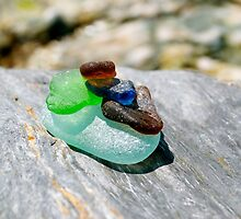 beach glass cairn by kejube