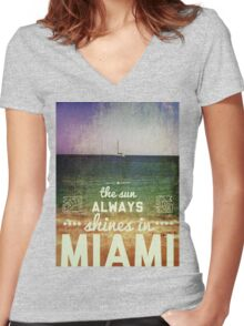 Miami Super Vintage Women's Fitted V-Neck T-Shirt