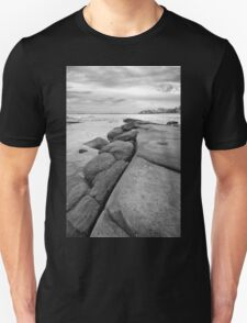 Rocks and waves at Kings Beach, Queensland Unisex T-Shirt