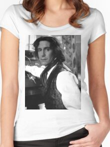 Paul McGann Women's Fitted Scoop T-Shirt