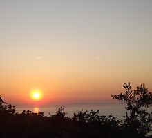 Sunset In Sorrento by Hannah Taylor