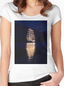 Boat Women's Fitted Scoop T-Shirt