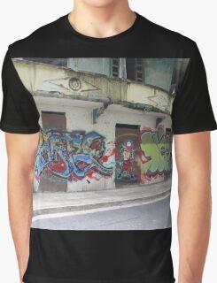 Graffiti piece with Deez Graphic T-Shirt
