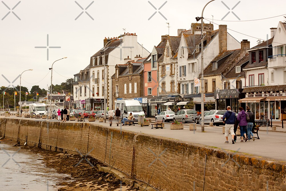 La Trinité-sur-Mer (An Drinded-Karnag in Breton), Morbihan Brittany France by Buckwhite
