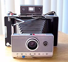Polaroid 100 Land Camera by wayneyoungphoto