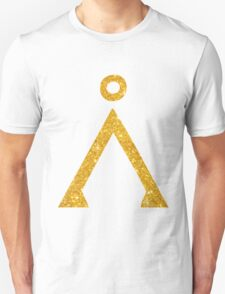 Earth symbol Golden style T-Shirt