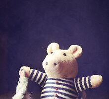 Hug by Sybille Sterk