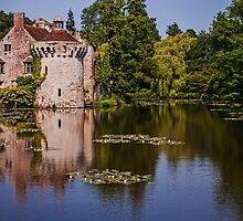 Scotney Castle by eddiechui
