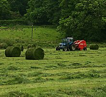 Making Silage in Wales 2 by fordlltwm