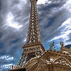 Eiiffel tower, Las Vegas. by tom brown