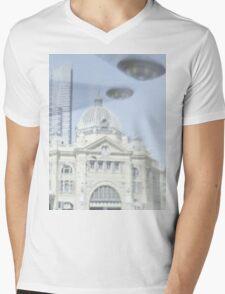 Melbourne invasion Mens V-Neck T-Shirt