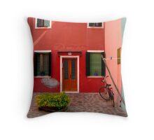Italia Simmetria Throw Pillow
