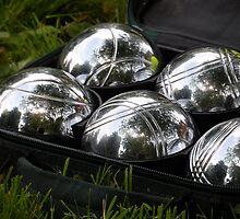 Silver Balls by kniferobin