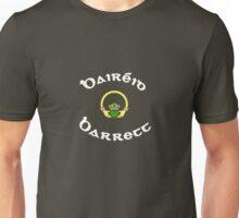 Barrett Surname - Dark Shirts with Claddagh Unisex T-Shirt