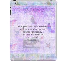 Mahatma Gandhi about animals iPad Case/Skin