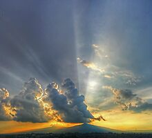 ©HCS Sunshine Between Cumulonimbus Castellanus I by OmarHernandez