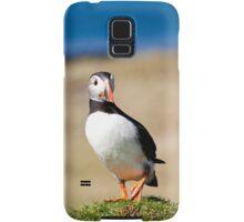 Puffin Standing on One Leg - Scotland Birds in Treshnish Isles Vertical Print Samsung Galaxy Case/Skin