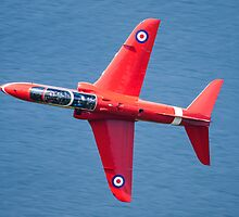 Red 4 over Tal L Lyn Lake by DanKemsley