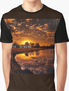 Reflecting sun Graphic T-Shirt
