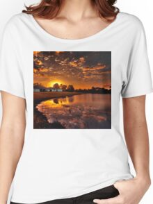 Reflecting sun Women's Relaxed Fit T-Shirt