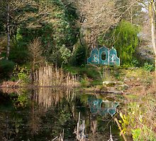 Portmeirion Gardens by Kevin Cartwright