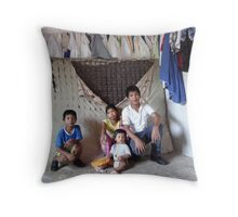 """make poverty history"" - hacer probreza historia Throw Pillow"