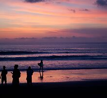 Sunset on Kuta Beach by jaymephoto