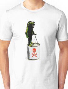 toxic.. T-Shirt
