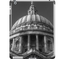 Saint Paul's Cathedral 1 B&W iPad Case/Skin