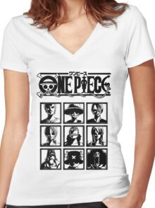 One Piece Straw Hat's Nakamas Women's Fitted V-Neck T-Shirt